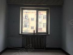 安顺街信新阳路27米一屋一厨800/月床 柜