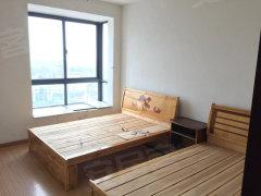 长江东路与龙岗路马岗小学对面15楼3房简装对外急租1600