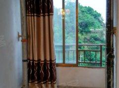南明花果园C区13栋3室1厅精装2200/月温馨住宅拎包入住