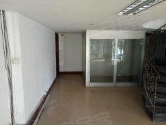 中北旅游公司内商住两用房,可做展厅,办公室,欢迎看房