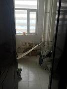 银沙宏海大厦写字楼出租,刚出来的房子,还热乎着呢!