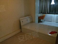 房主急租红+月北一区100 大三室房一套  随时看房