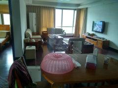 万达广场对面都市森林4室2厅2卫送车位 家具家电齐全拎包入住