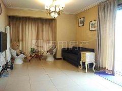 《麦田在线》华彩国际公寓2室就在这,一定要来看,跟我租更便宜