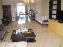 观湖国际超低便宜的4室,这样的好房不多,错过后悔!