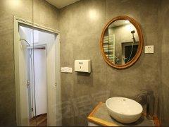 一室一厅,精装修,交通便利