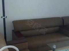 北京路国美电器旁 精装修全套家具包干价1300月 临近地铁口