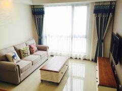 精装2房1厅 地中海风格的家具,朝南采光佳,房东急租,随时看