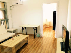 个人出租精装一室一厅,随时看房,独立门户拎包入住!